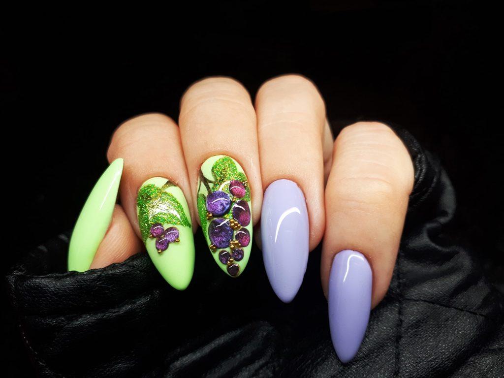 Owocowe szaleństwo, czyli czarna porzeczka na paznokciach