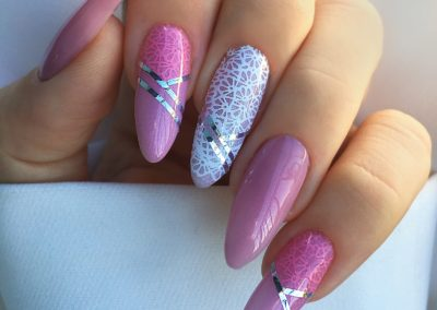 tricky-nails-wedding-nails
