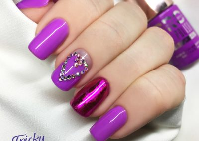 tricky-nails-kwadraty-krotkie-cyrkonie-negative-space