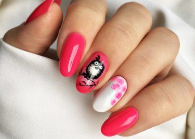 tricky-nails-sowa-roze-manicure-wiosna-stylizacja-inspiracja