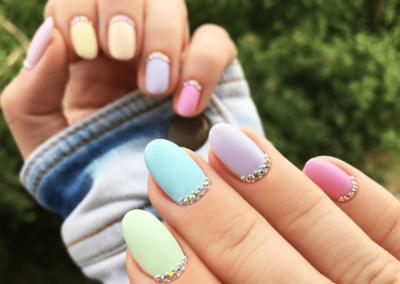 tricky-nails-pastele-pastelowe-paznokcie-matowe-aliexpress-krotkie-pomysl-inspiracja-min